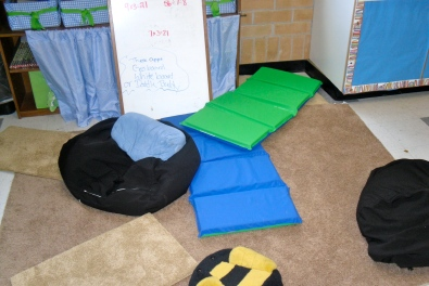 One of our centers left as we exited for recess.  Notice how materials are turned inward to work together.